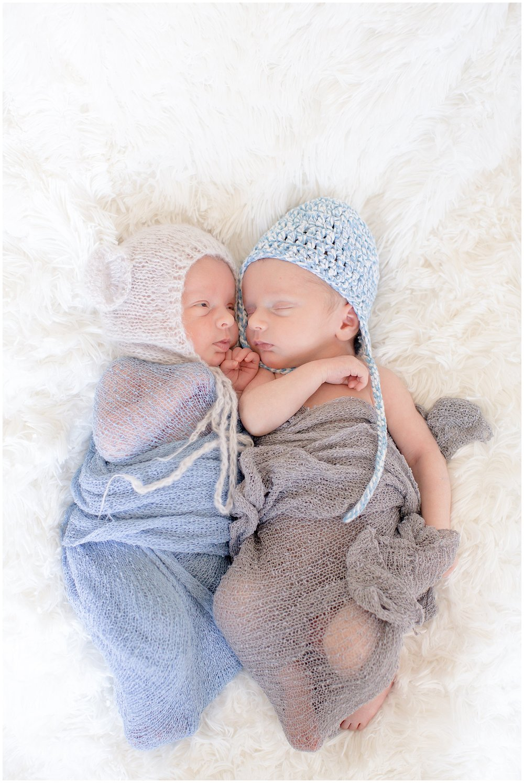 newbornsession_twins_0012.jpg