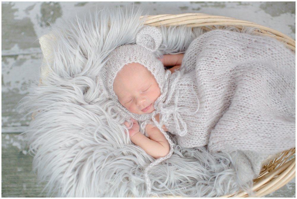 Foster_newborn_0010.jpg