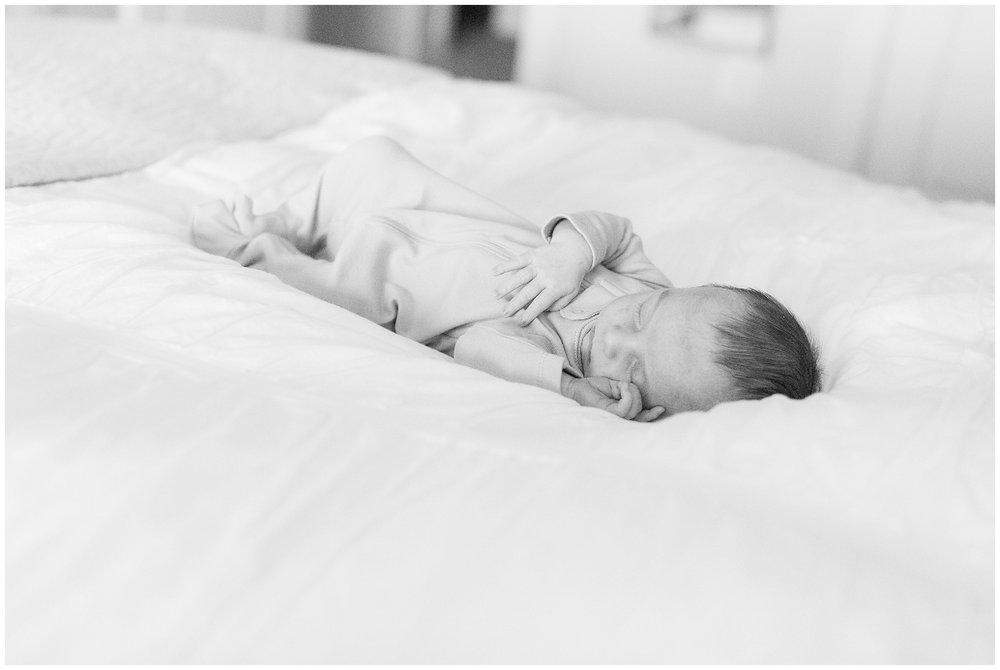 newborn_Philbrick_0005.jpg