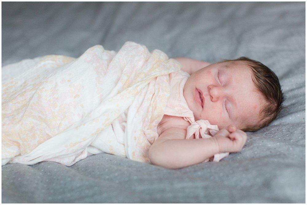 newborn_Roberts_0046.jpg