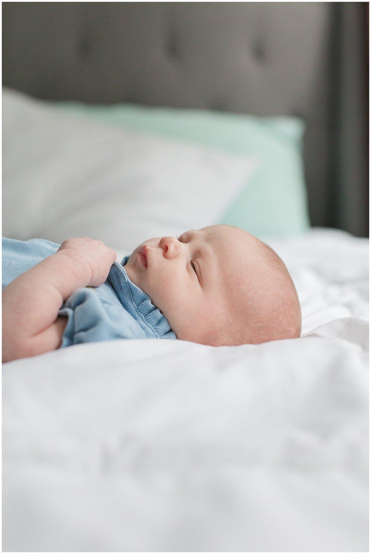 newborn_Schutes_0010.jpg