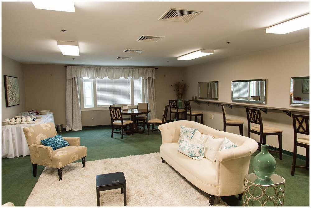 Area for bridesmaids to get ready