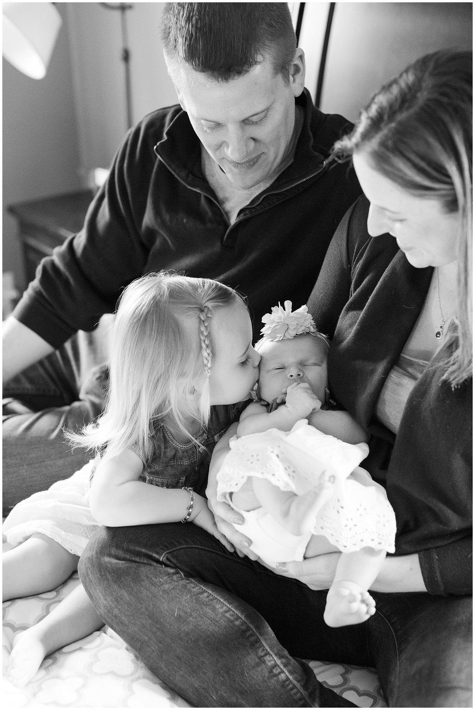 Obrock-newborn-session_0005.jpg