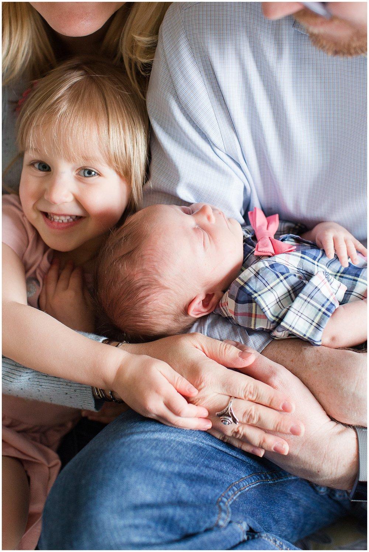 Brooker-newborn_0007.jpg