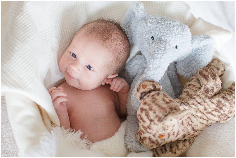 Brooker-newborn_0029.jpg