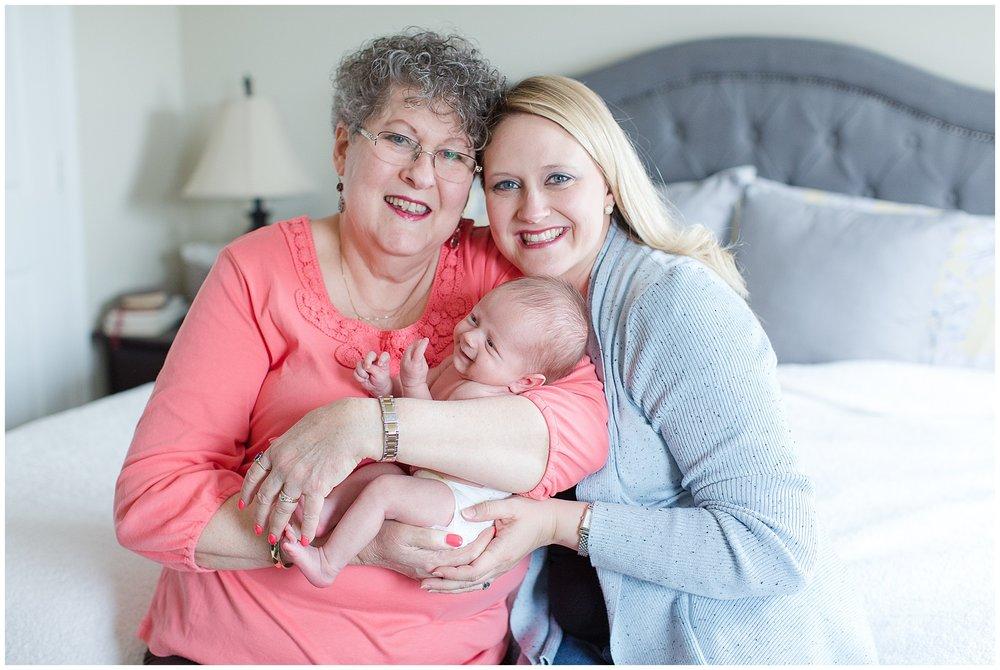 Brooker-newborn_0032.jpg