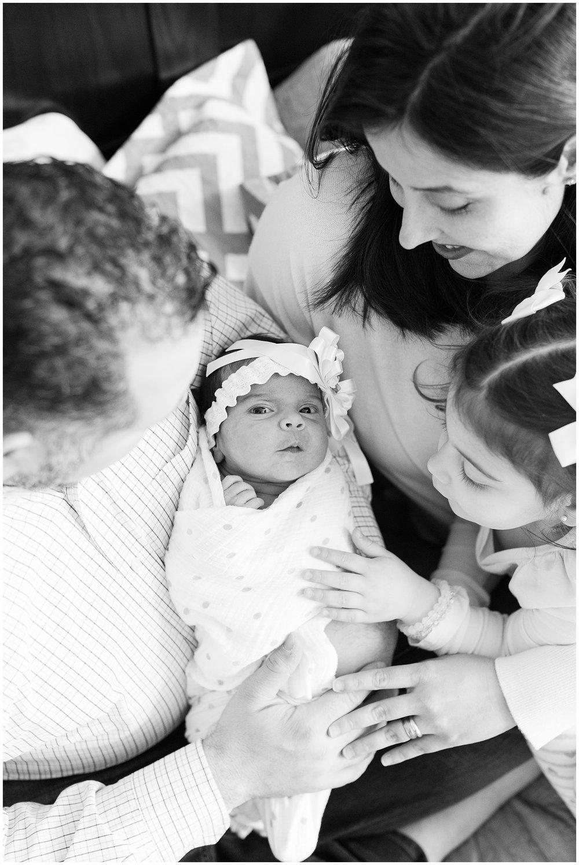 Sanchez-newborn_0010.jpg