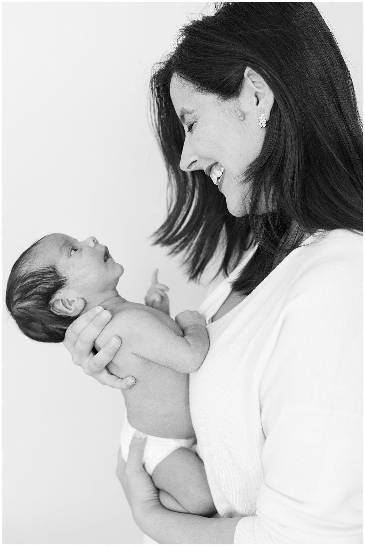 Sanchez-newborn_0022.jpg
