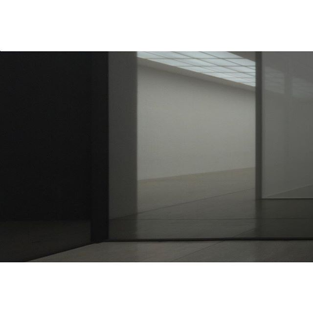 Current obsession and constant inspiration: Robert Irwin installation view . . . . . #inspiration #installation #art #architecture #westcoastminimalism #light #space #transparent #transparency #design #atmosphere #experience #interiordesign #spatialdesign #corygrosser #corygrosserandassociates #research #lookandfeel