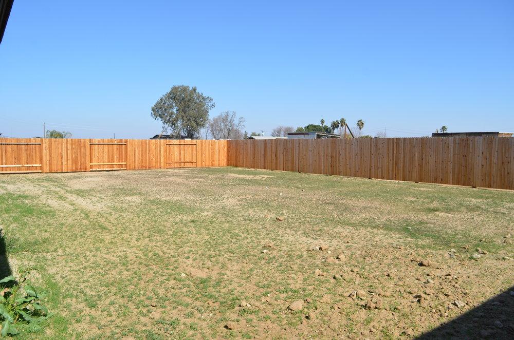 28 - Backyard.JPG