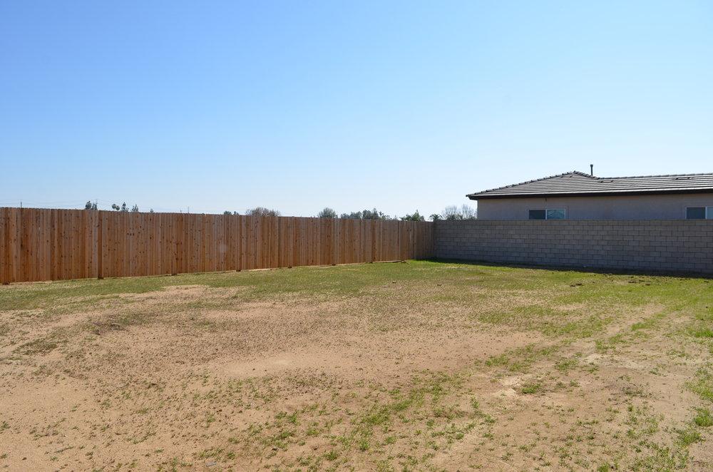 29 - Backyard.JPG