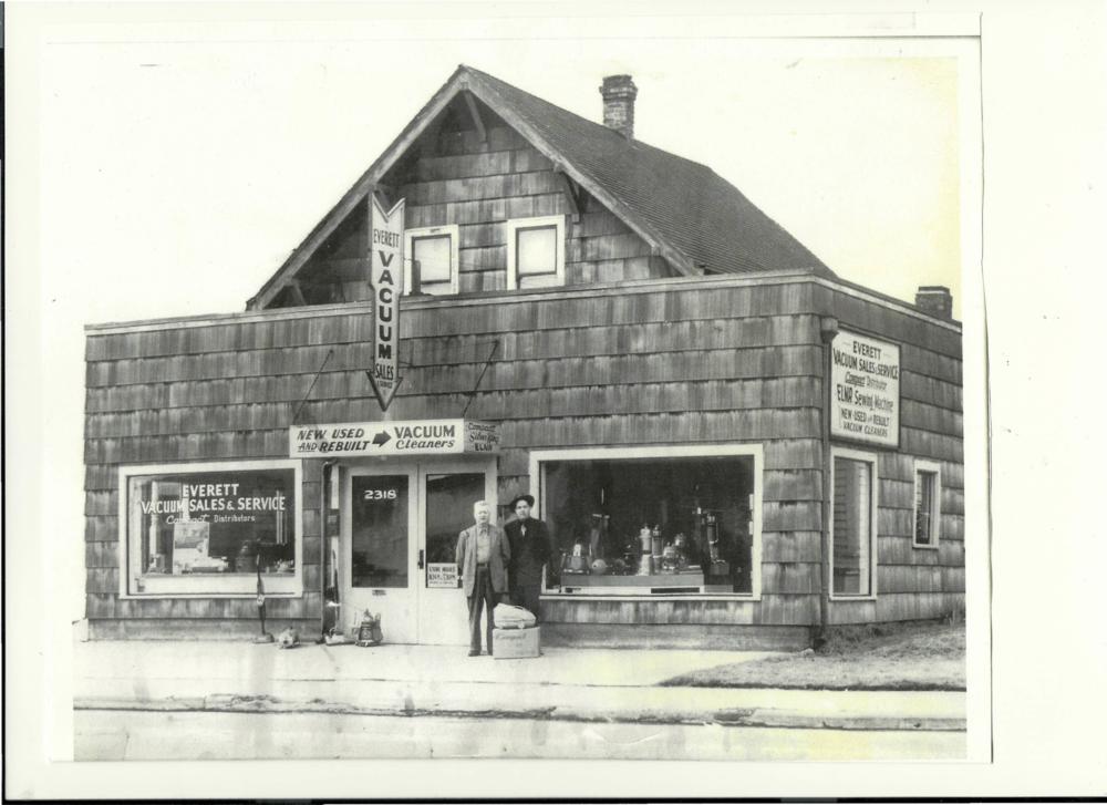 Everett Vacuum Store 1944