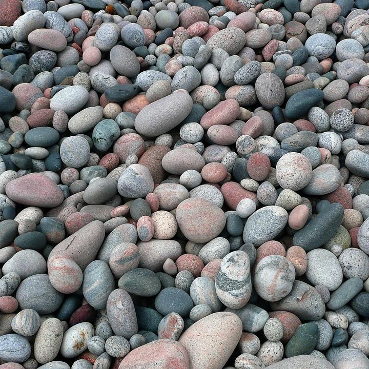 pebbles-56435_960_720.jpg