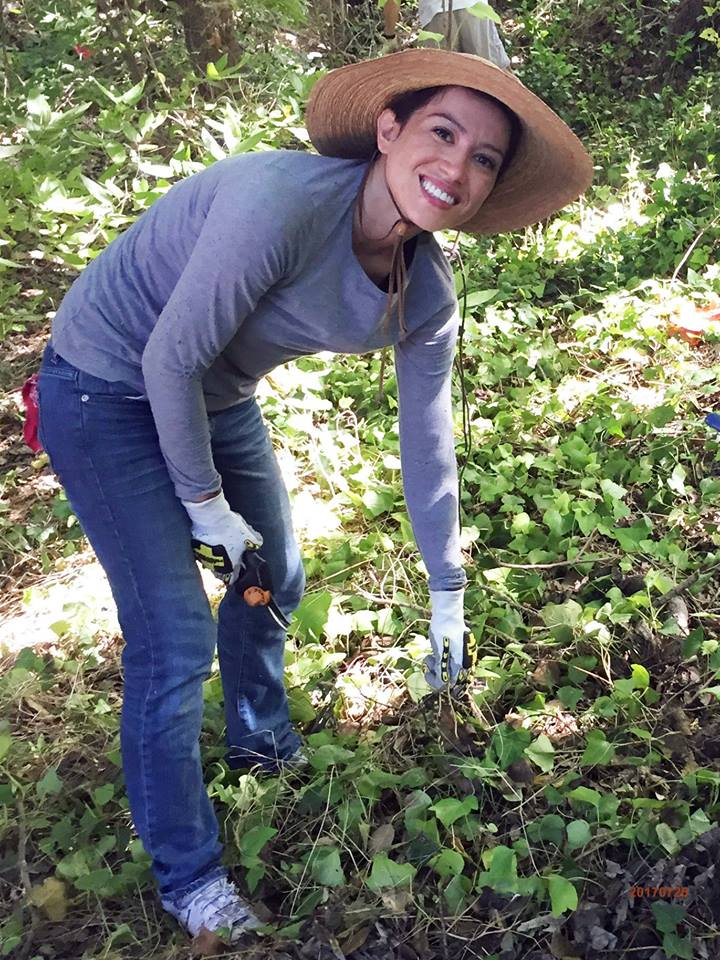 Make your mark on the community and environment this spring by volunteering at Headwaters!