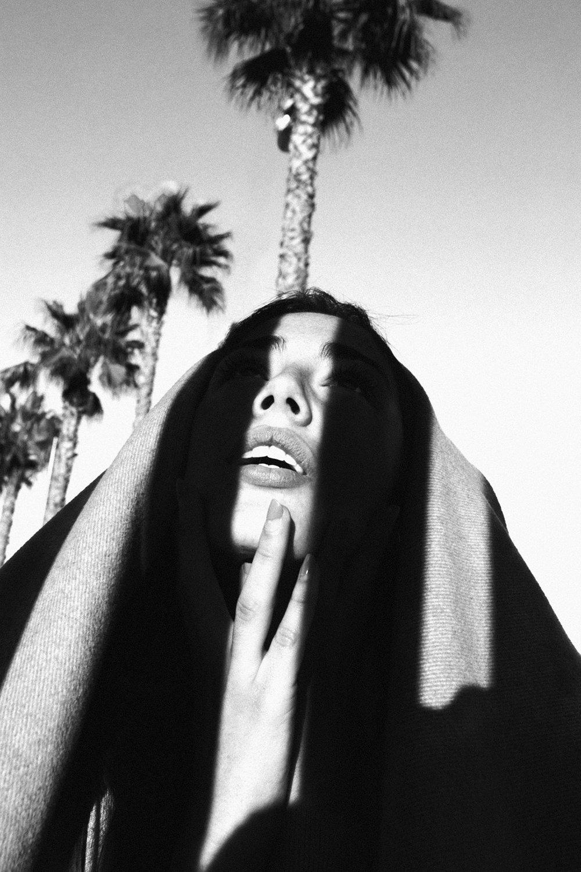 La Virgen-Judith Oms Uniko Models