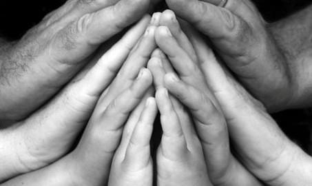 large_praying_hands-453x270