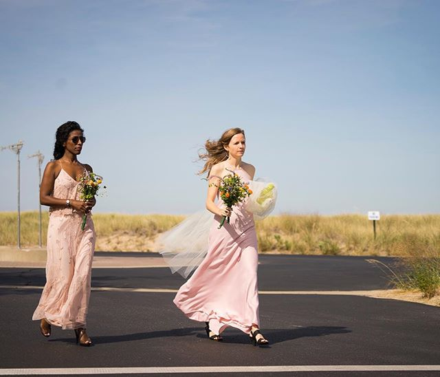 Got some serious runway vibes from these wonderful bridesmaids💍💃🏽 . . . . . #bridesmaids #weddings #bridalparty #wedding #weddingphotography #weddingphotographer #beautiful #windblownhair #lovely #love