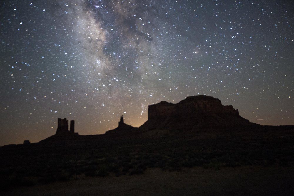 Milky Way Monument Valley.jpg