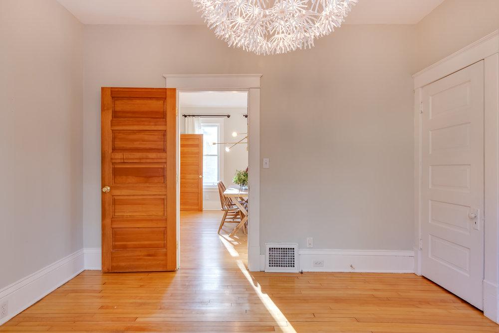 4235 Blaisdell Ave Interiors-12.jpg