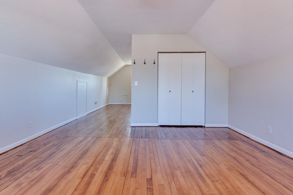 4235 Blaisdell Ave Interiors-21.jpg