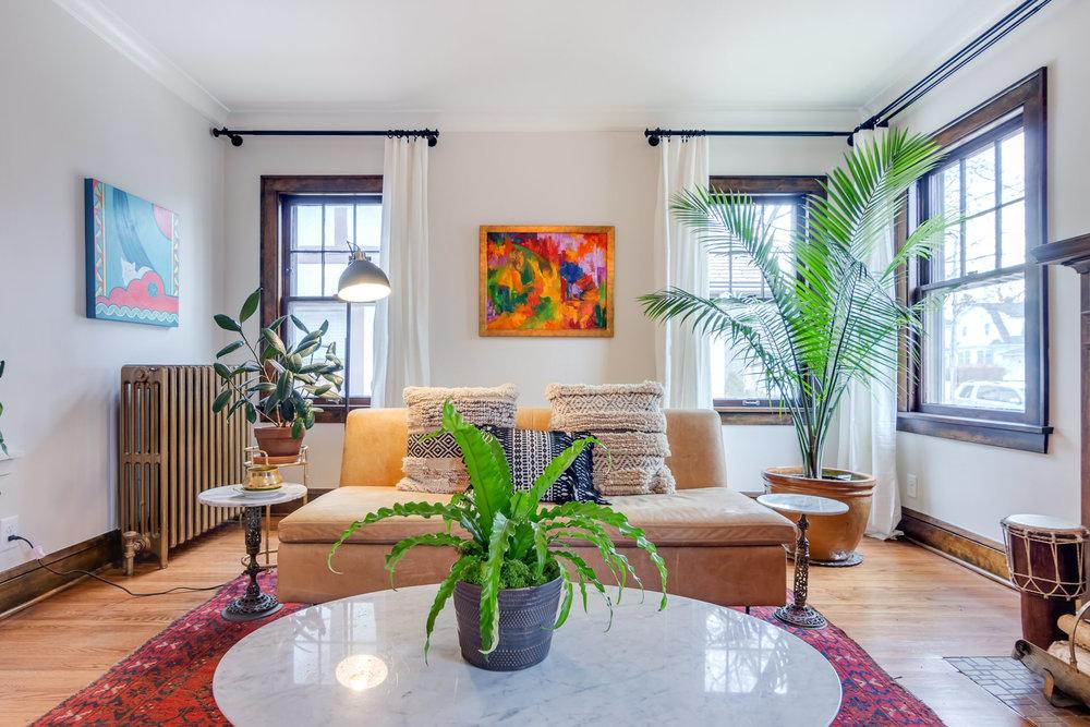 4723 Nokomis Ave Interiors-4.jpg