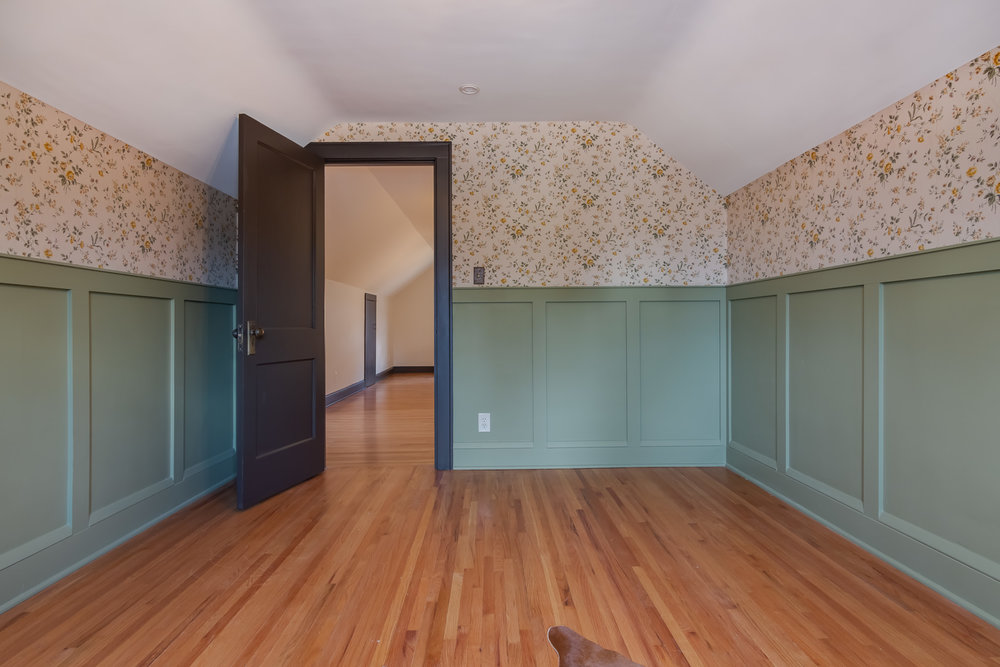 4723 Nokomis Ave Interiors-23.jpg