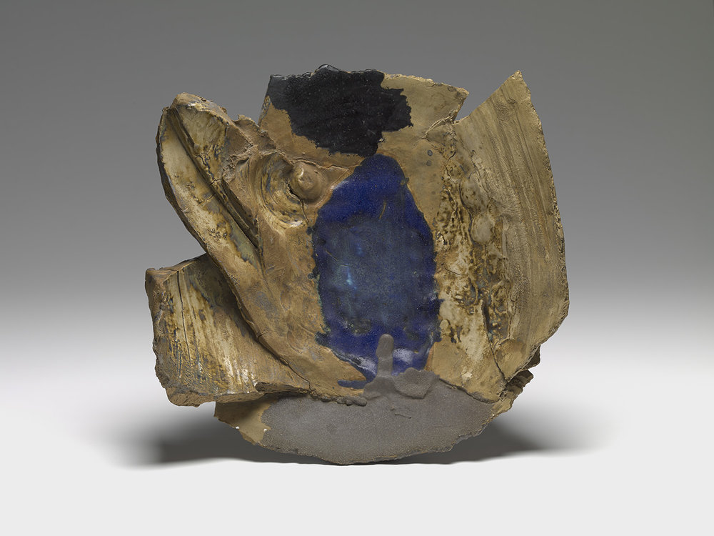 Peter Voulkos, Untitled Plate (1996), wood-fired stoneware, 19 x 19 x 5 in