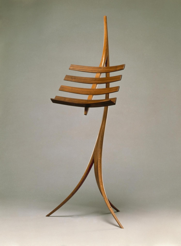 "Wendell Castle, ""Music Rack"" (1964), oak, rosewood; bent lamination, joined, pegged; purchased by the American Craft Council, Museum of Arts and Design (courtesy Museum of Arts and Design)"