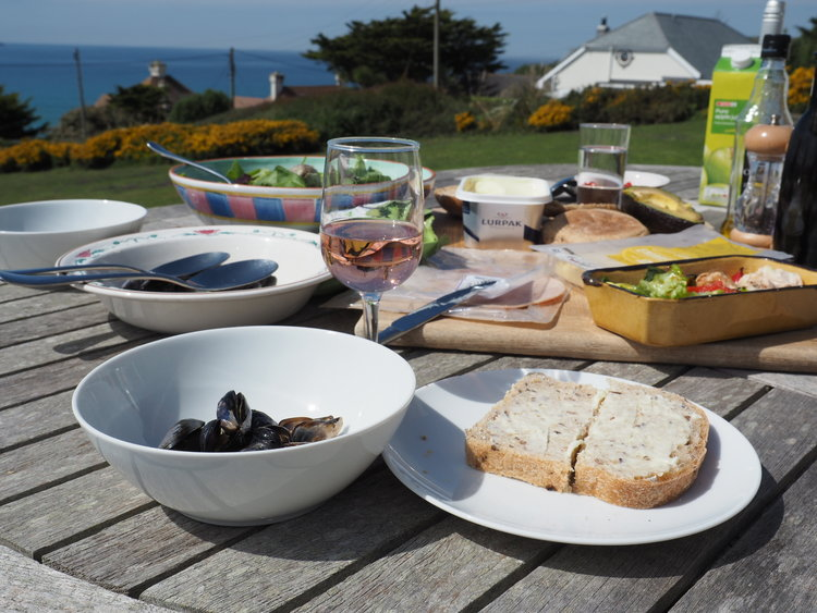 Polzeath Mussels - Lunch