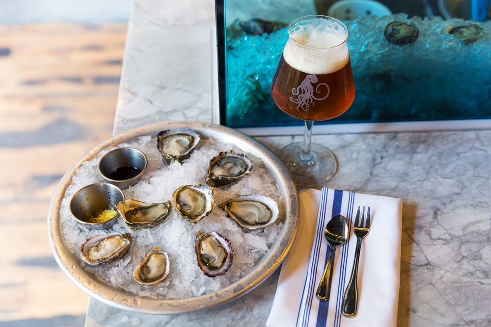 Tankard & Tun Oyster & Beer.JPG