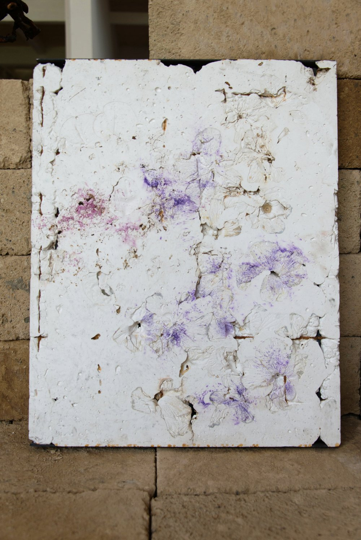 Alessandro Piangiamore   Bianco Ikebana 21082016 , 2016 Plaster, flora, metal