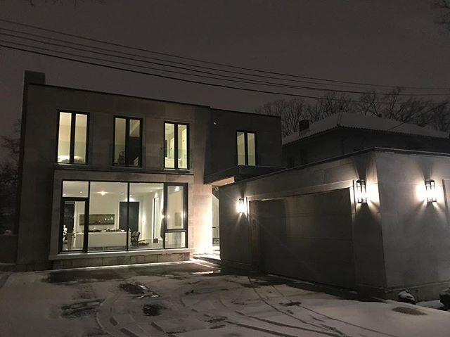Winter is back, Spring has not sprung.  #customhomes #customexterior #torontorealestate #projectmanagement #torontocustomhomes #torontobuilds #architecture #architecturelovers #realestate #sierracustomhomes