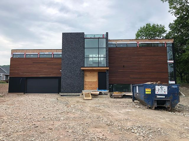 Progress shot from one of our Collingwood projects. Two months until move in!  Designed by @abbottdesignltd  #customhomes #architecture #modernarchitecture #contemporaryhome #chalet #collingwood #sierracustomhomes #architecturelovers #architecture