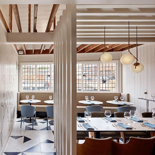 @32mqDesignStudio #32mq #32mqdesignstudio #architecturelovers  #autogramtags #architectureporn  #archilovers  #furnituredesign  #interiordesign  #interiors  #lamp  #chairs  #patterns  #patterndesign  #textiledesign  #flooringdesign  #designbuild  #restaurant #chair  #column  #beams #doubleheight alanwilliamsphotography.com