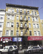 80 Manhattan Avenue, Greenpoint section - Brooklyn, NY