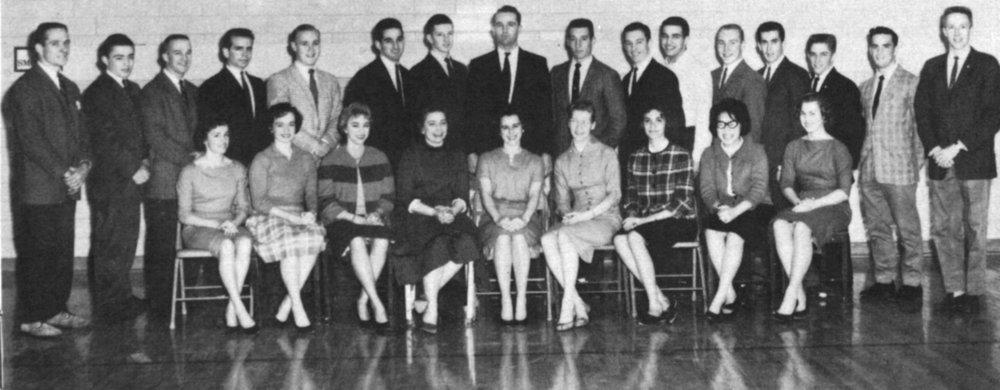 1960-61 troupe.jpg