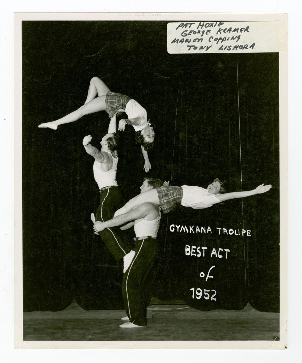 1952 - The Quadropods (Mixed Quads Balancing)
