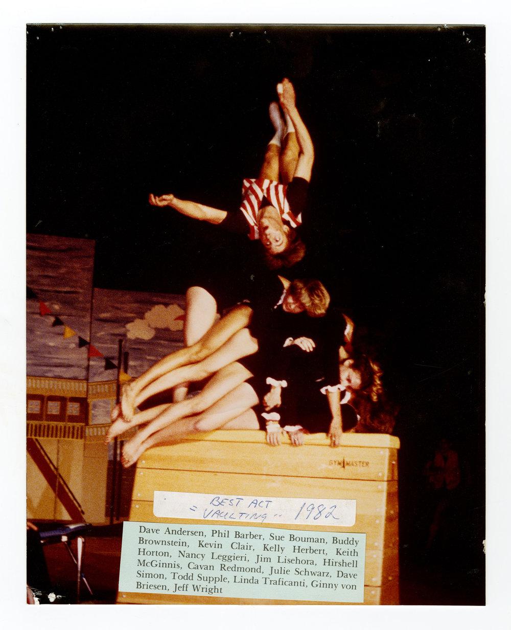 1982 - Vaulting