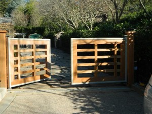 Automatic-Gate-Systems8-300x225.jpg