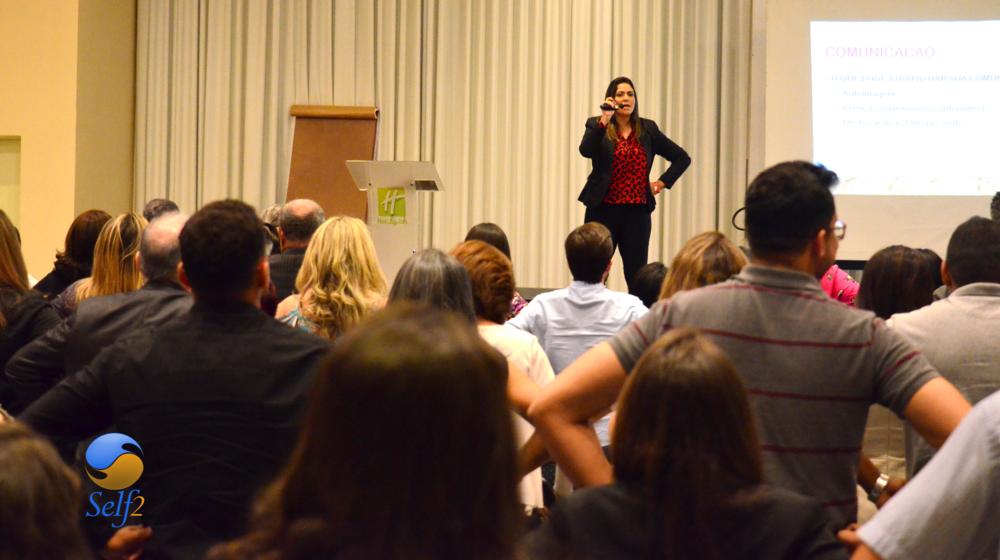 Palestras e Treinamentos - Com temas variados, podemos lhe oferecer palestras personalizadas para o seu evento, sempre unindo conhecimento teórico e prático, oferecendo uma experiência única aos participantes!Com treinamentos já formatados nas áreas de liderança, comercial, atendimento ao consumidor, superação pessoal e comunicação, nós podemos lhe auxiliar a avançar de fase em sua vida, e desenvolver sua melhor versão!Clique na IMAGEM e conheça alguns dos nossos treinamentos!
