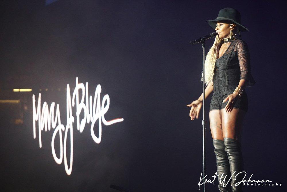 Mary J. Blige Concert 3