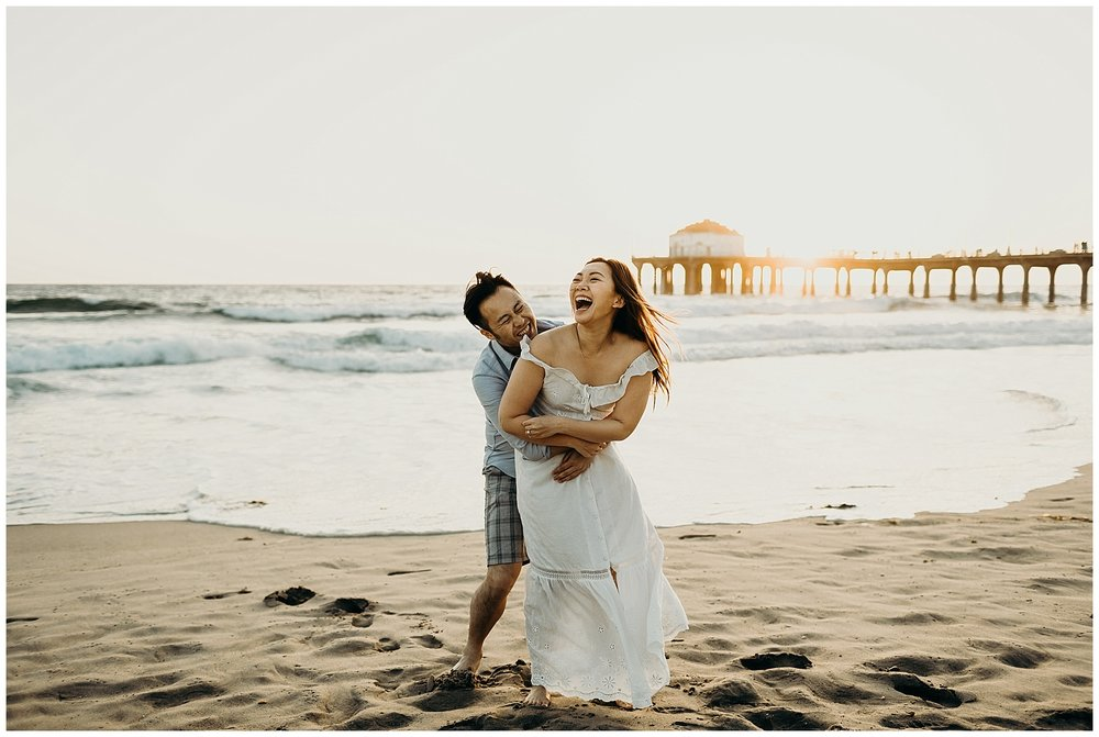 manhattan beach pier beach engagement_0027.jpg