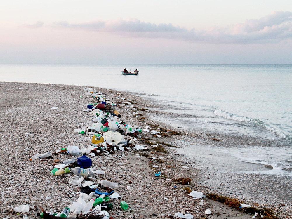 beach trash2 (1).jpeg