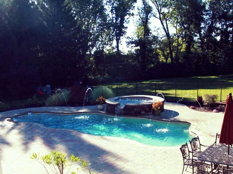 Lifestyle Fiberglass Pools Bencia CA