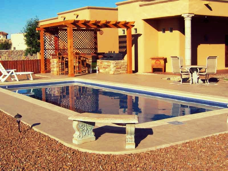 Lifestyle Fiberglass Pools Fairflied, CA