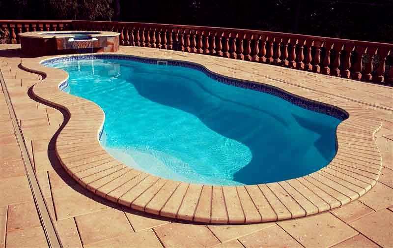 Lifestyle Fiberglass Pools Fairfield, CA