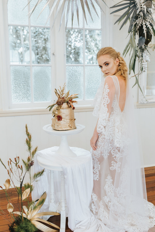 Bloodwood Botanica | Gold wedding cake
