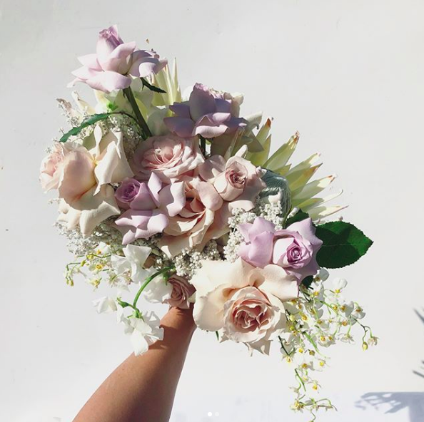 WHAT DOES YOUR BOUQUET SAY ABOUT YOU? - the key to a symbiotic wedding bouquet