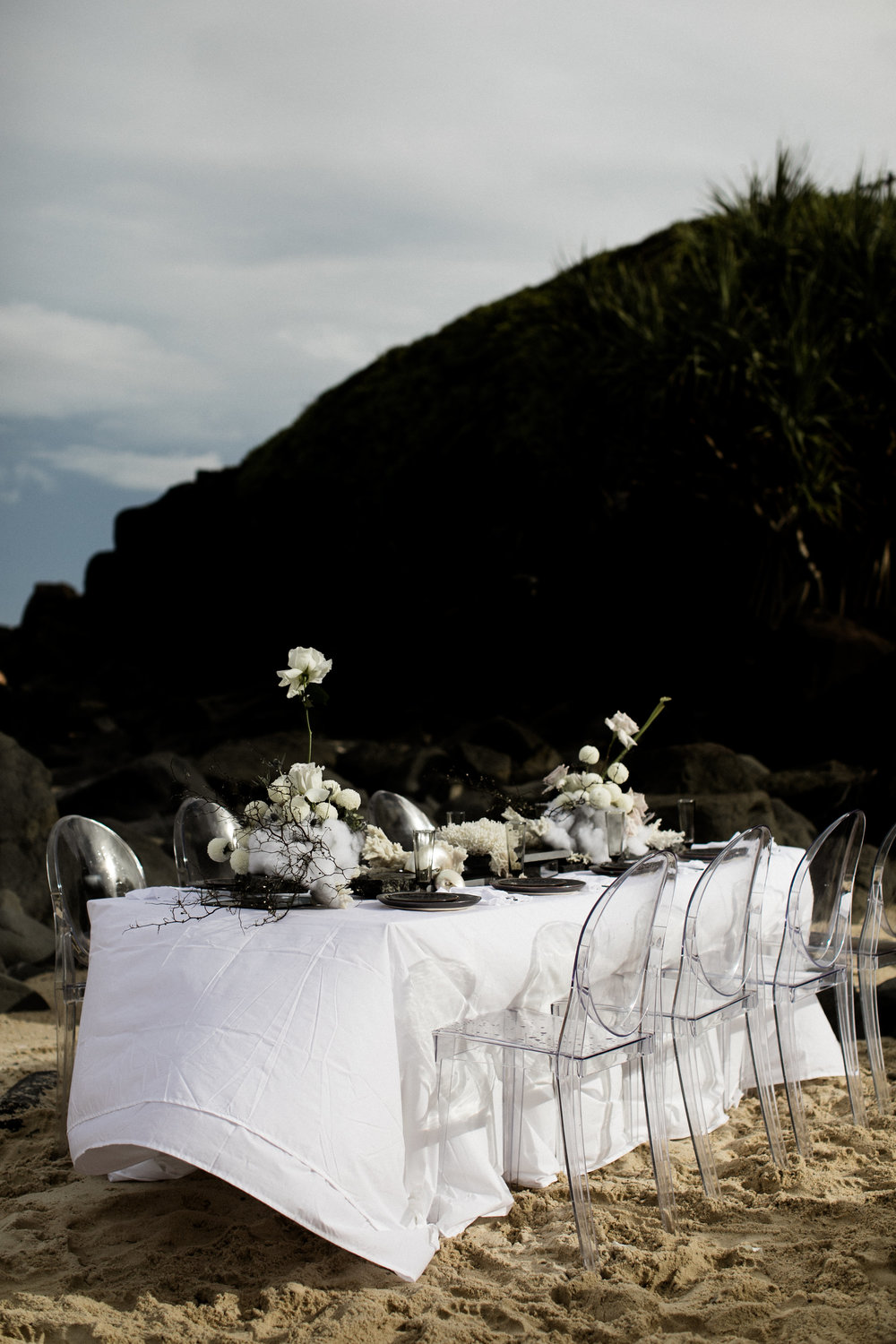Bloodwood Botanica | stormbloom bridal table set up on the beach