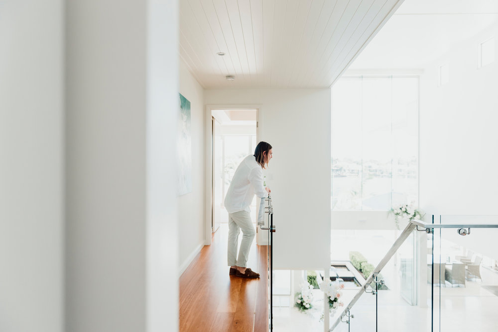 BLOODWOOD BOTANICA | A groom awaits